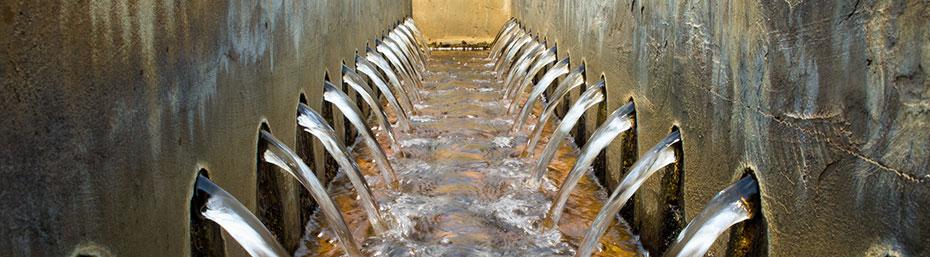 L'eau dans l'industrie: contraintes et défis