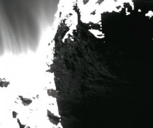 De surprenantes dunes sur la comète Tchouri