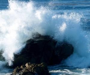 Des drones pour nettoyer la pollution plastique océanique?