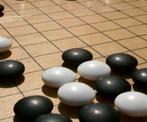 AlphaGo, l'I.A Deep Mind de Google, gagne son premier match de go
