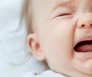 Les pleurs des bébés n'échappent pas aux stéréotypes de genre