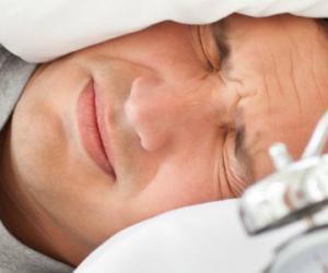 Pourquoi notre sommeil est-il perturbé dans un nouvel environnement ?