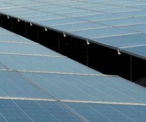 Le solaire PV génère-t-il vraiment davantage d'emplois que le nouveau nucléaire EPR ?