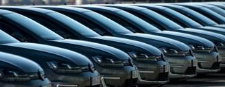 Emissions polluantes: l'UE ouvre une enquête pour entente entre BMW, Daimler et Volkswagen