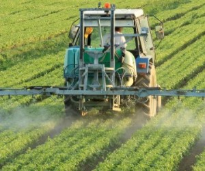 La profession agricole en proie aux pesticides
