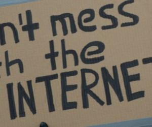 trump-internet-1024