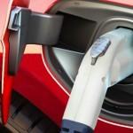 Le prix des batteries continue de baisser rapidement, selon BNEF