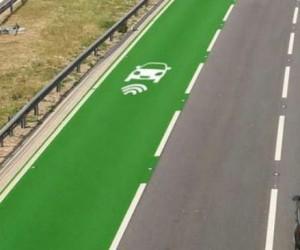 Véhicules électriques : des routes de recharge aux quatre coins du monde