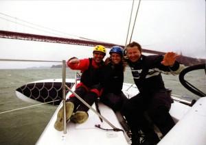 Alain Thebault accompagnant à bord de l'Hydroptère Larry Page, le co-fondateur de Google, ainsi qu'une assistante de ce géant américain.