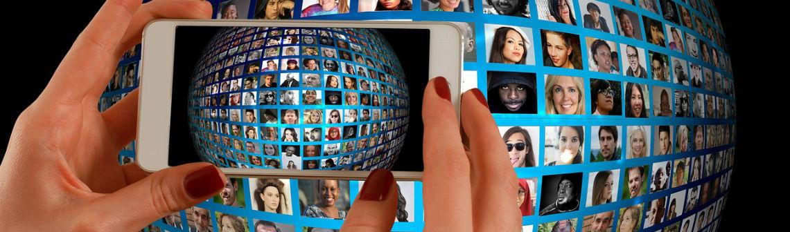 smartphone-reseaux-sociaux