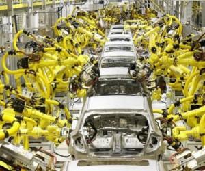 À l'usine, au bureau, tous remplacés par des robots ?