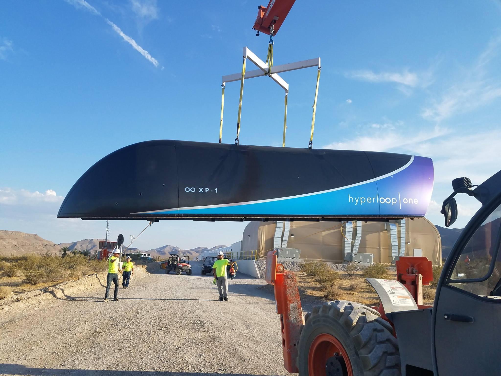 Hyperloop-One-pod