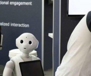GB: un robot invité à parler d'intelligence artificielle devant des députés