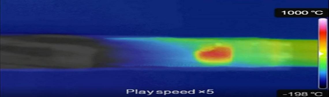 Un aérogel céramique ultraléger résistant aux chocs thermiques