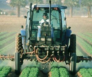 """Pesticides: une hausse des ventes en 2018, mais """"pas un échec"""" selon Didier Guillaume"""