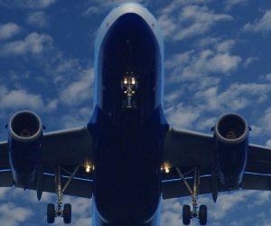 """Airbus annonce la suppression d'environ 15.000 postes, un chiffre """"excessif"""" pour Paris"""