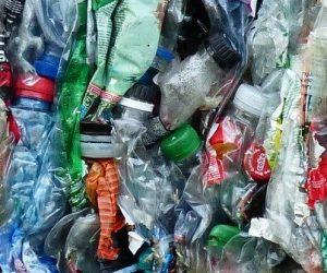 Transformer les déchets de polyéthylène en molécules à forte valeur ajoutée