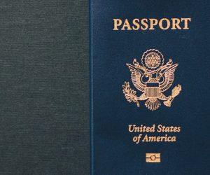 Des passeports plus sécurisés grâce au polycarbonate et à la gravure laser