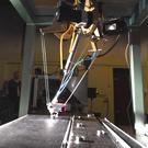 Des câbles au lieu de bras pour le robot DeltaBot