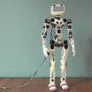 Le Robot Poppy, la première plateforme humanoïde open source