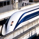 Les performances impressionnantes du train à lévitation Maglev