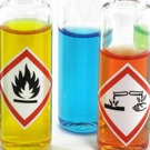 Nouvel étiquetage des produits chimiques : l'INRS aide les entreprises