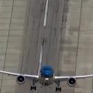 Le Bourget: un Boeing 787 fait le spectacle avec un décollage quasi vertical