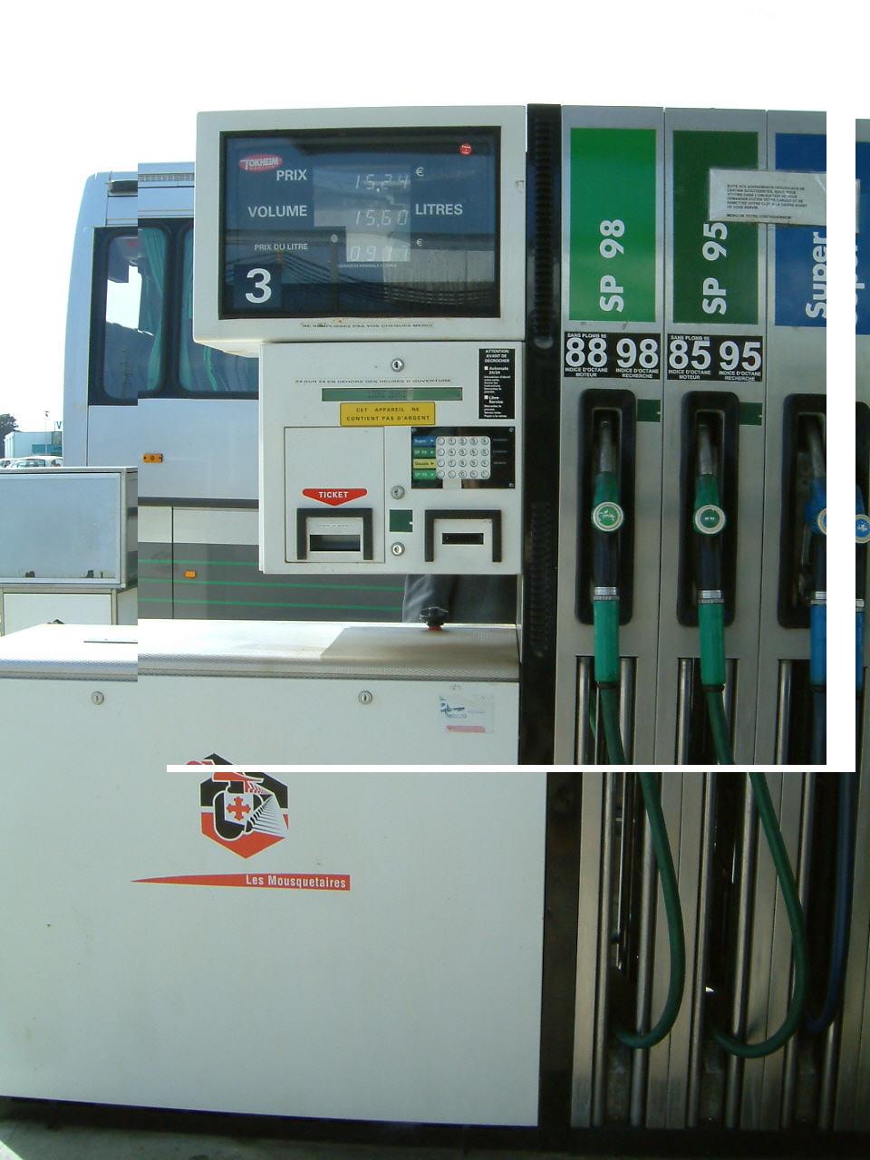 Le nouveau carburant E10 disponible à la pompe dès le mois d'avril