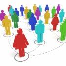 Les-reseaux-sociaux-d-entreprise-permettent-de-transcender-plus-facilement-la-hierarchie-et-ont-tendance-a-aplatir-la-pyramide