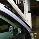 Chez Volkswagen, le plasma froid simplifie le collage
