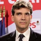 """Gaz de schiste: Montebourg veut promouvoir une technique expérimentale """"propre"""" (presse)"""