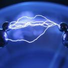 Vers un générateur universel fonctionnant à l'électricité statique ?