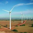 Intégrer de hauts niveaux de solaire et d'éolien n'est pas un problème (AIE)